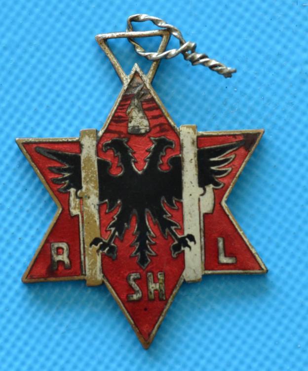 Medalje Rinia Shqiptare e Liktorit.JPG