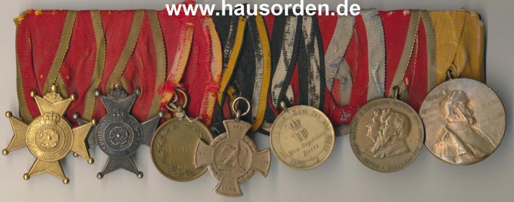 Lippe-Schnalle-Gendarm Ignatz Hasse-originalzustand web.jpg