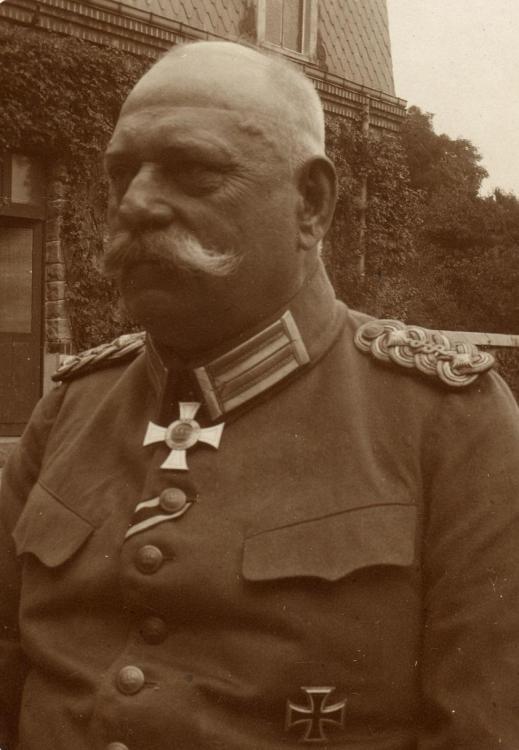 Schjerning, Generalarzt Otto von.jpg
