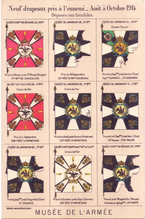 erbeutete deutsche Fahnen 1.jpg