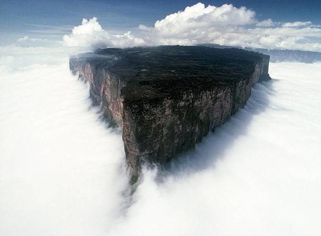 Guyana Mount Roraima 2.jpg