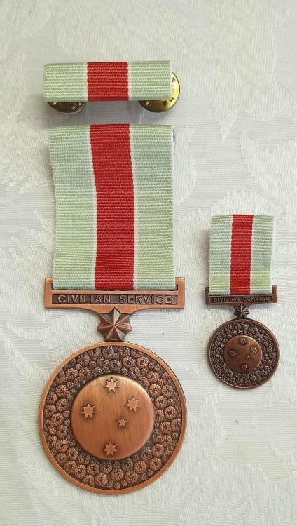 Australia-Civilian Service Medals 1939-1945-O2.JPG
