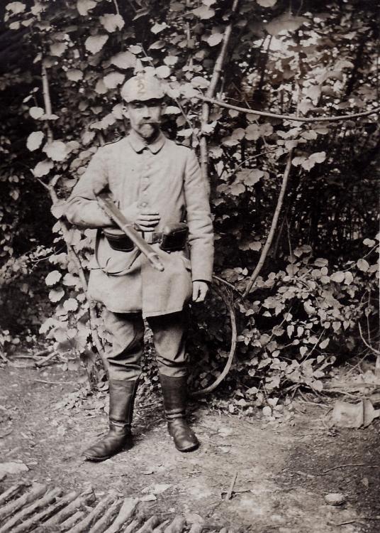 Soldat Ldsturm 2 pionier Pickelhaube.jpg