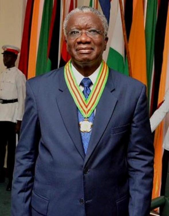 Guyana Order of Roraima awarded to Freundel Stuart PM of Barbados on 25 May 2016.jpg
