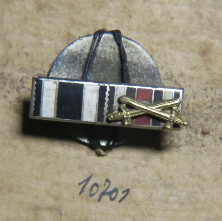 10701 Enamel ribon bar EK u Ehrenkreuz m.Schwert 10002.jpg