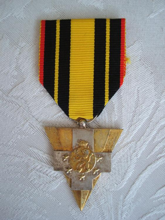 France-Medal of the French Society of Former Combatants of the Belgian Campaign 1940-O-E70.JPG
