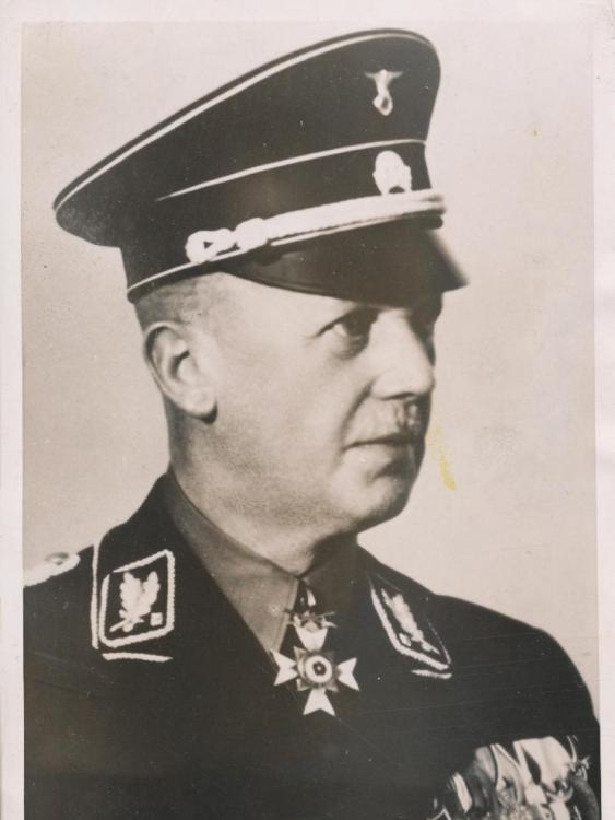 Lippe-Dr_Heinrich_Lammers-1938.jpg