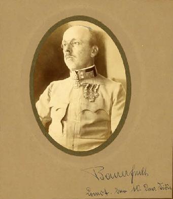 Bauer von Bauernthal, Viktor.png