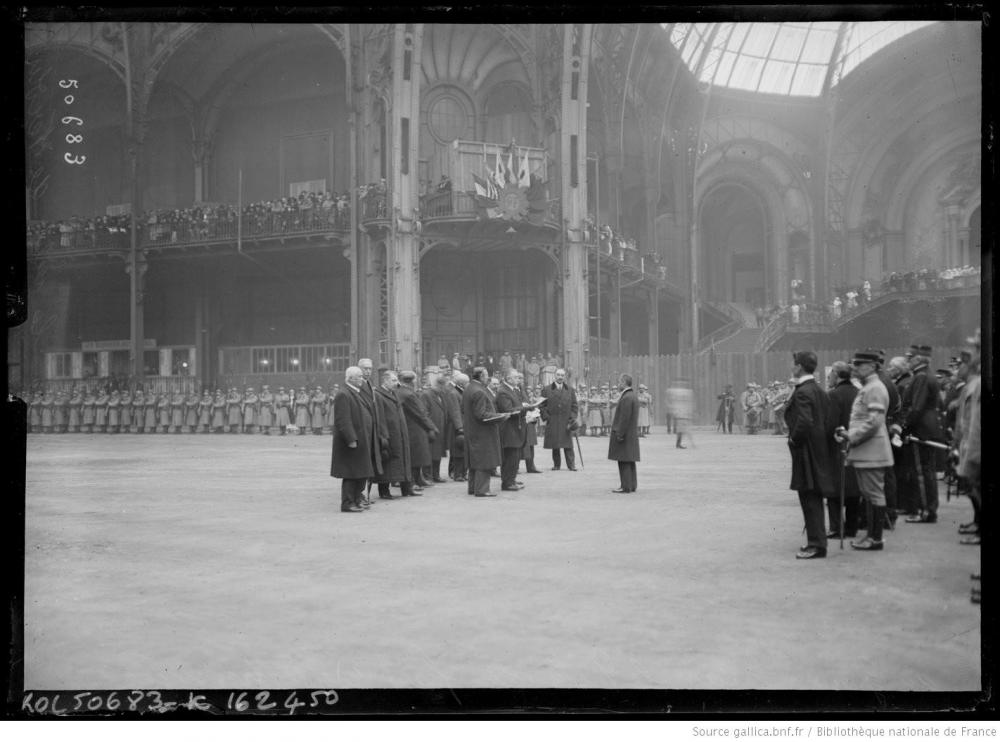 8 Sabre d'honneur offert à Verdun 29 nov 1917 ambass. Japon 2 M.Matsui.JPEG