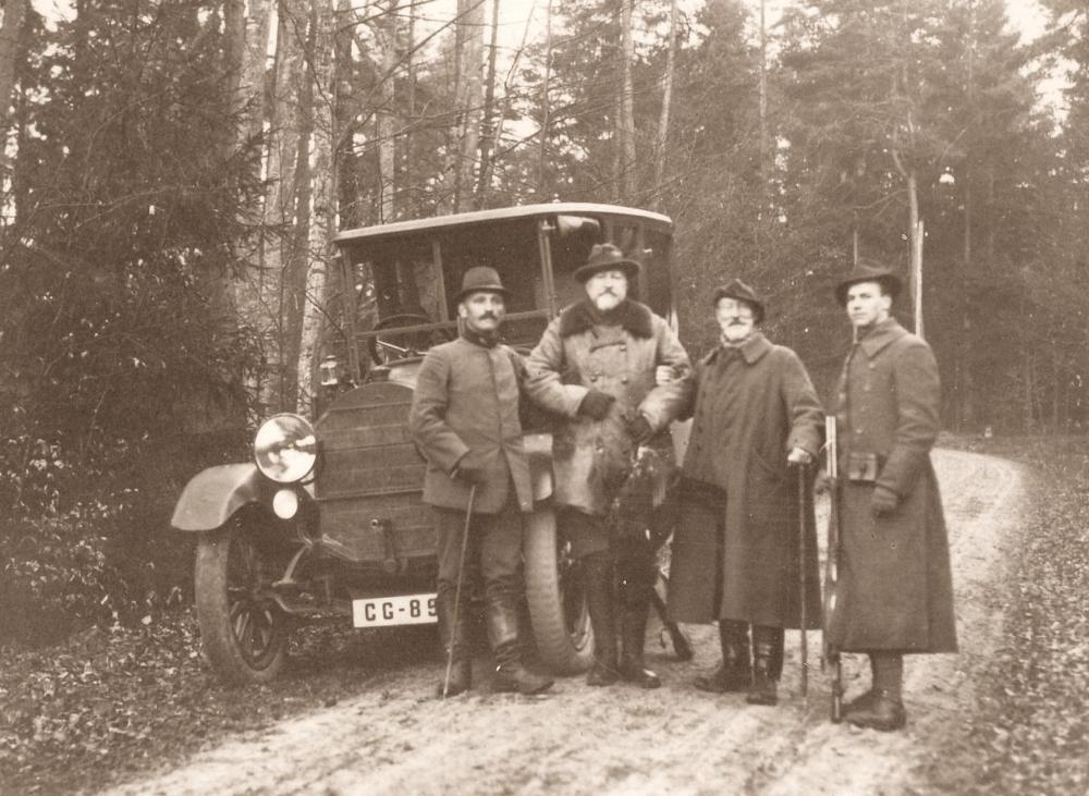 Eduard Uhlenhut mit Ferdinand von Bulgarien.jpg