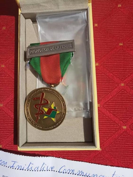 Burkina Faso Ordre du Merite de la Sante et de l'Action Sociale clasp Promotion de la Femme.jpg