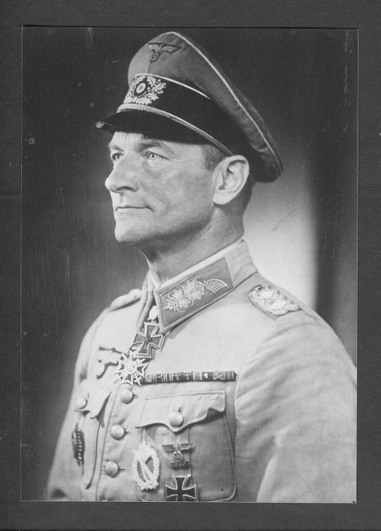 General der Infanterie Erich Abraham.jpg