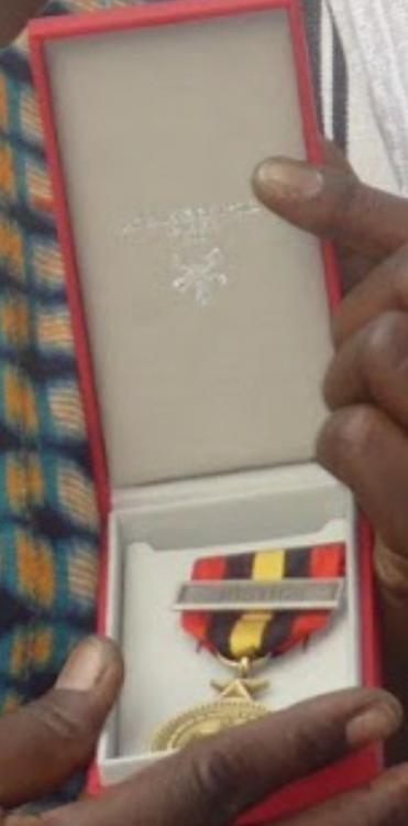 Burkina Faso Ordre du Merite de la Jutice et des Droits Humains clasp JUSTICE with its case AB.png