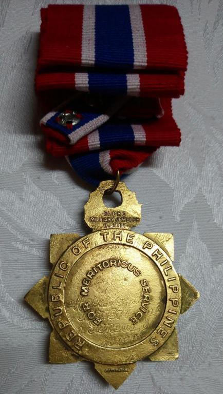 Philippines-Legion of Honor-Commander-R.jpg
