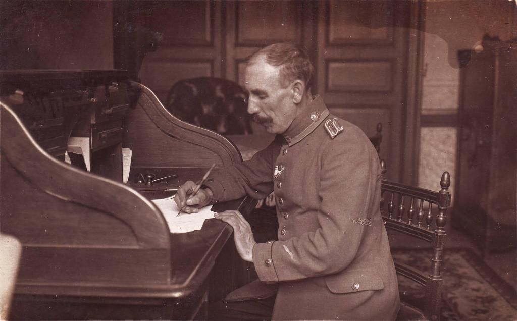 Ortskommandantur 268, Feldwebelleutnant, Bayern, verkürzte Uffz-Borte).JPG