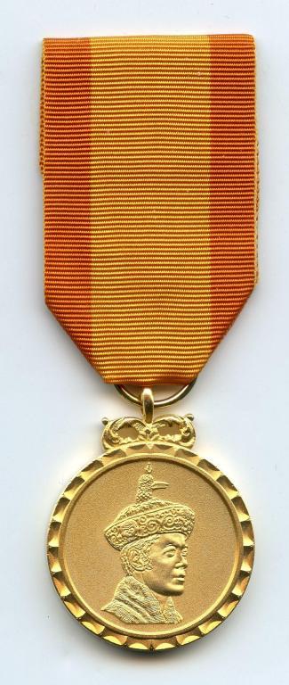 Bhutan Coronation 2008 Medal obverse.jpg