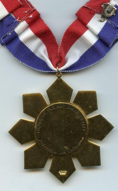 Philippines Order of the National Artist reverse.jpg