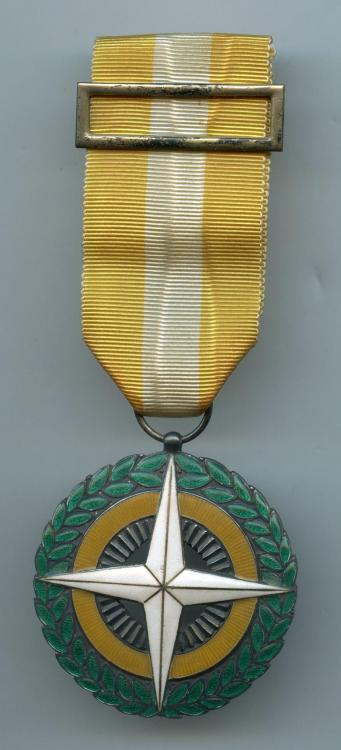 Portugal Republic Touristic Merit Medal obverse.jpg