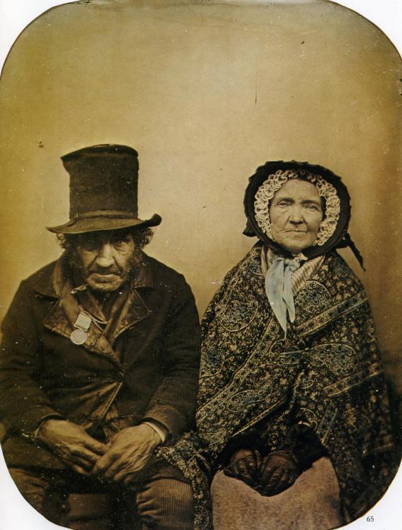 1860_Anonyme_Un_vétéran_et_sa_femme_Ambrotype.jpg