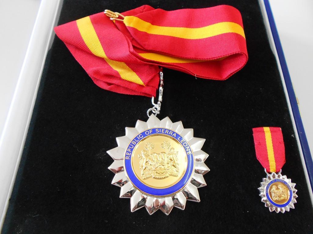 Sierra Leone Special Ebola Award Medal.jpg