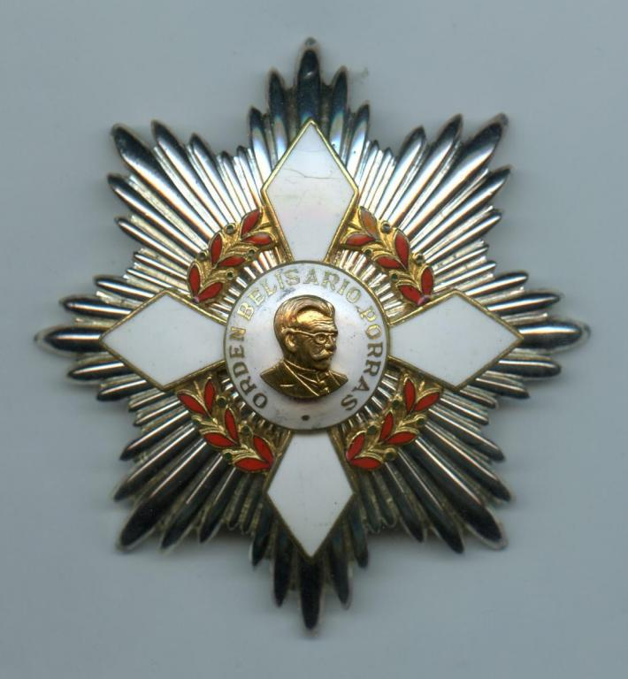 Panama Order Belisario Porras Grand Cross breast star.jpg