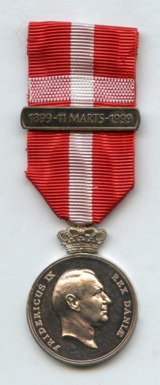 Denmark Frederik IX Centenary Medal 1999 obverse.jpg