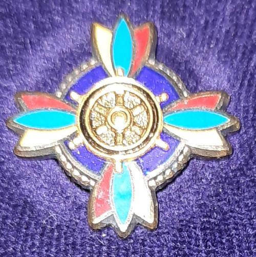 badge 1a.jpg