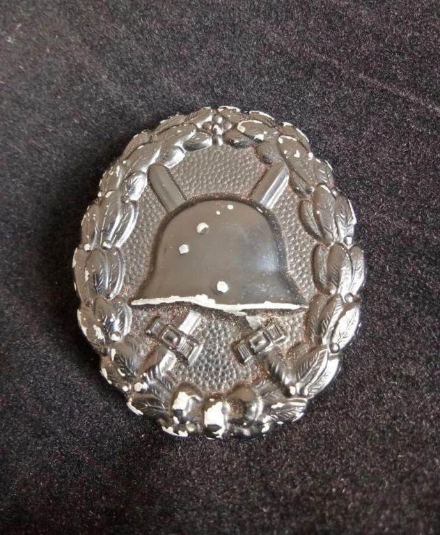 WWI German Black Wound Badge (1) resized.jpg