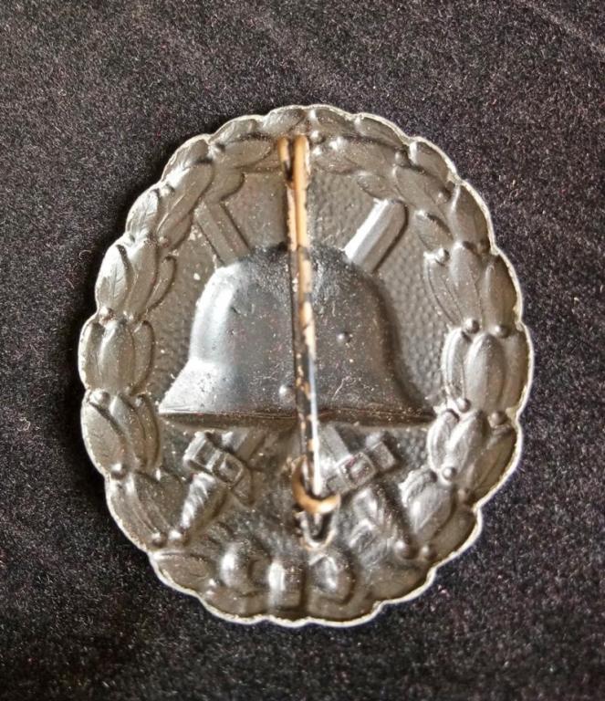 WWI German Black Wound Badge (2) resized.jpg