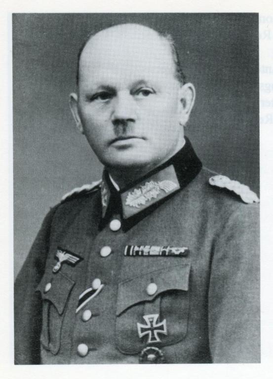 Hauser - Generalmajor Karl Hauser .jpg