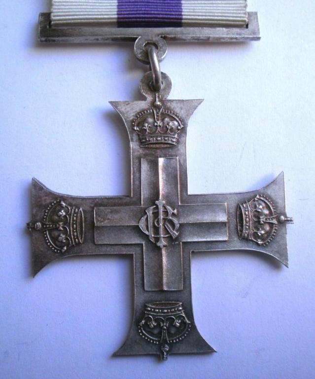 Military cross (2).jpg