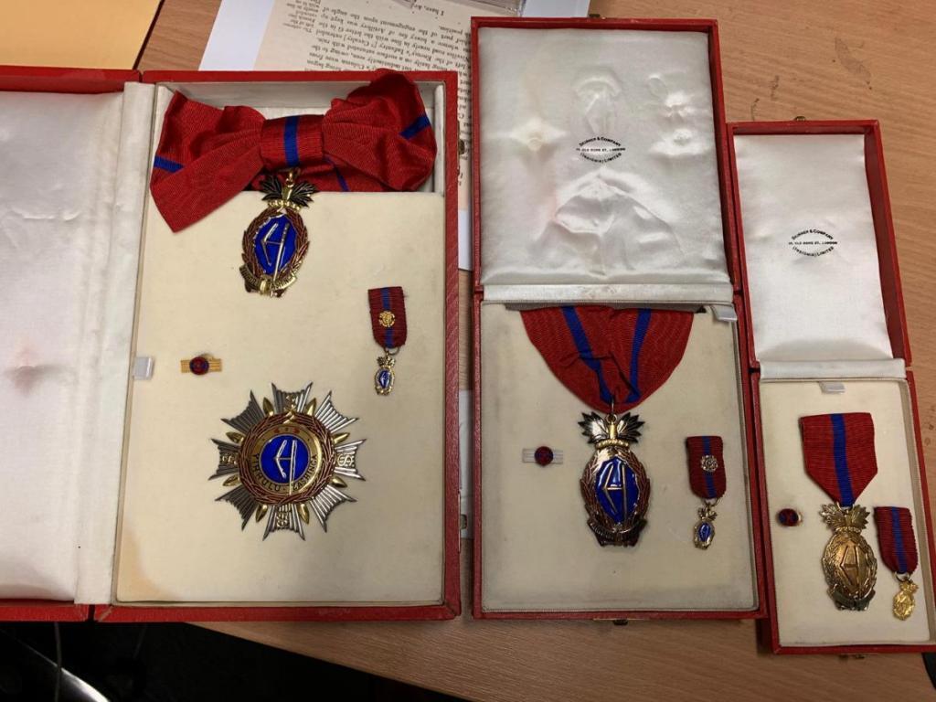 Swaziland Order Sobhuza II 3 ranks.JPG