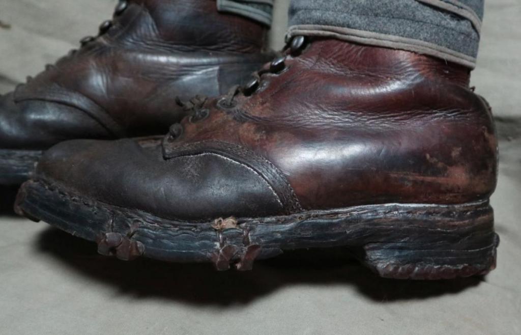Boots2.thumb.jpg.41428fb8772388c85a714710a6ed7668.jpg