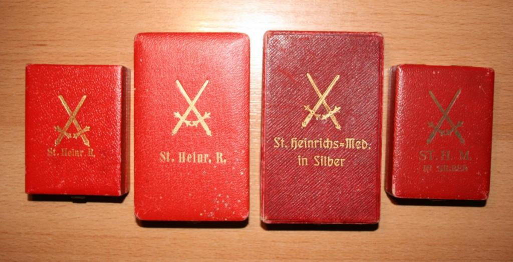1937570211_StHOEtuis(vs).thumb.jpg.fca34ae686a28c967844e34984dcea4e.jpg