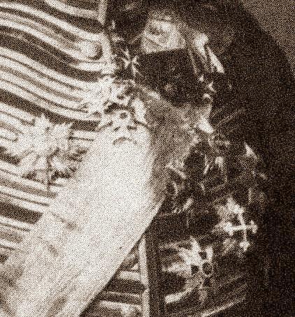 Wedel, Oberstallmeister Graf Portrait zwischen 1899 und 1902 detail a.jpg