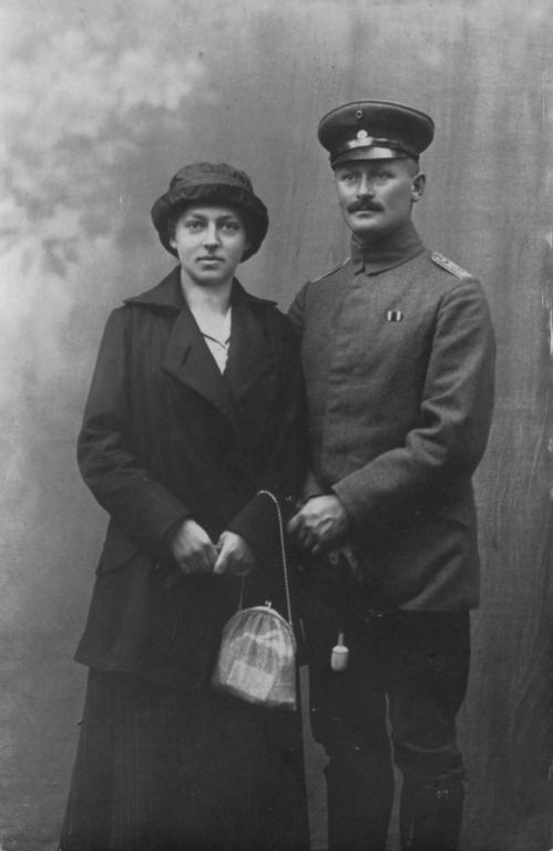 1915-03nach - Frieda und Emil Papendick.jpg