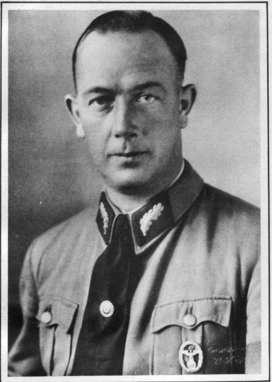 Hermann Röhn.jpg