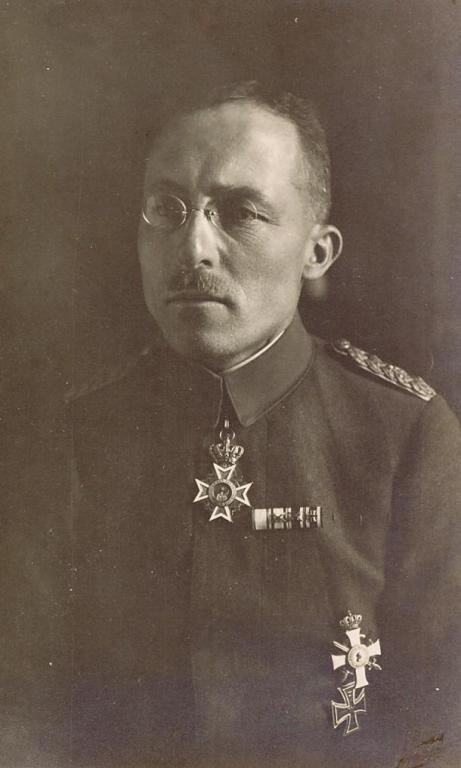 Oberst  Bernhard von Süßmilch 01-4.jpg