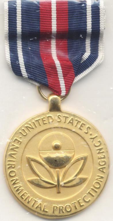EPA_Exceptional_Service_Medal_type2.thumb.JPG.e934edd5f1c3cc51a4499133264a2669.JPG
