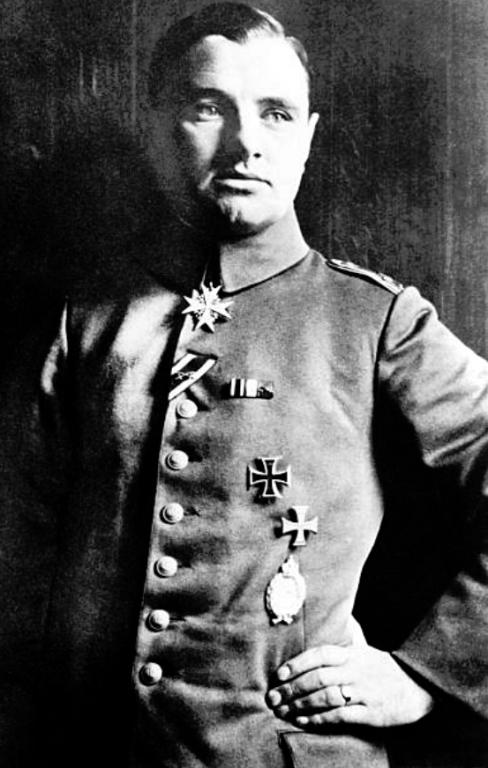 Albert Dossenbach.png