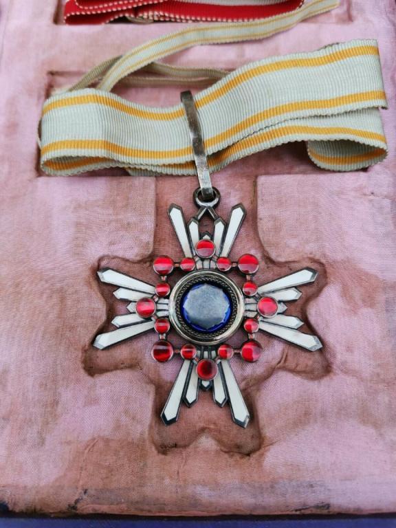 coffret médaille off. Japon (13).jpg